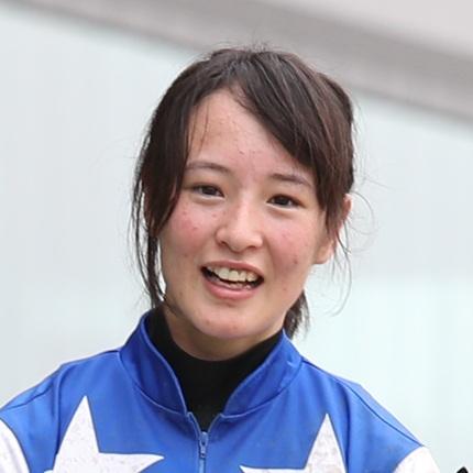 NAKAYAMA (Japón): NANAKO FUJITA se convirtió en la 1ª jinete mujer en ganar un clásico de grado en Japón
